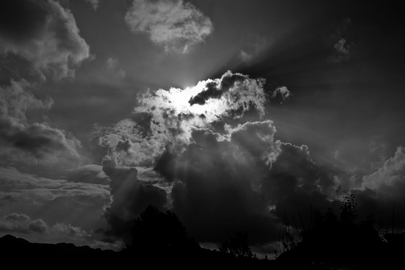 sky-816411_1920